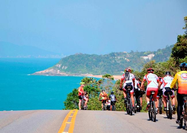 Passeio de bike no Circuito Costa Verde e Mar - SC