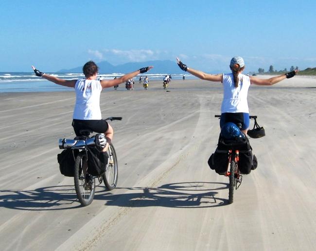 Passeio de bike na região do Lagamar