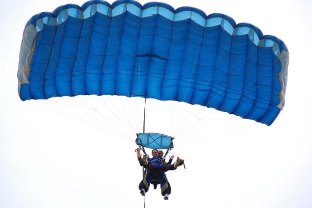 Aterrissagem Paraquedas