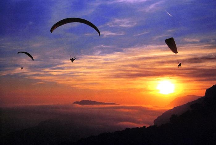 Voando Livre de Parapente