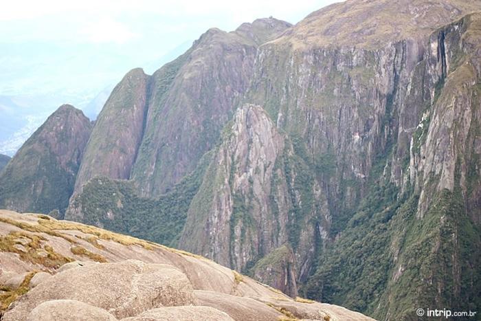Trilha do Pico da Pedra do Sino Parque Nacional da Serra dos Orgaos