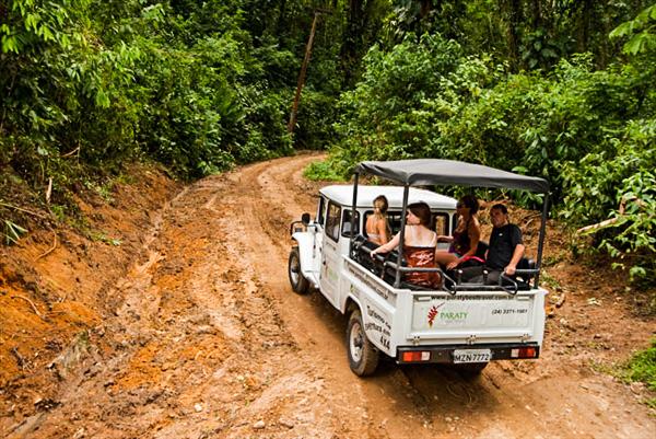 Passeio em Paraty Jeep 4x4