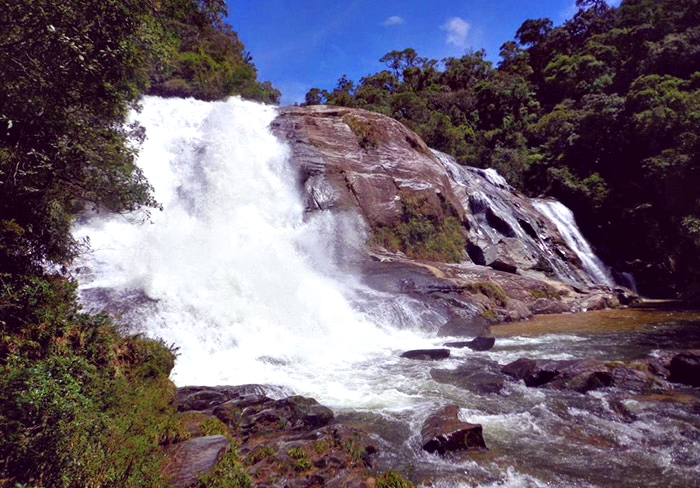 Cachoeira das Possses Trilhas do Ouro