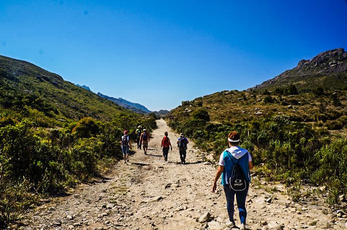 Trilha para o Pico do Prateleiras em Itatiaia